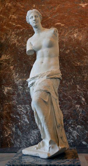 Front_views_of_the_Venus_de_Milo
